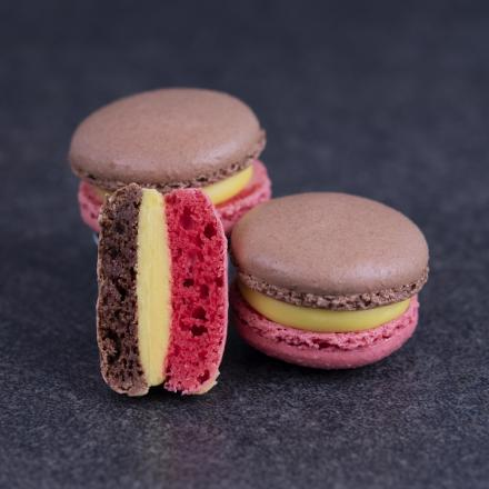 """Belgian"" three-coloured Macarons"